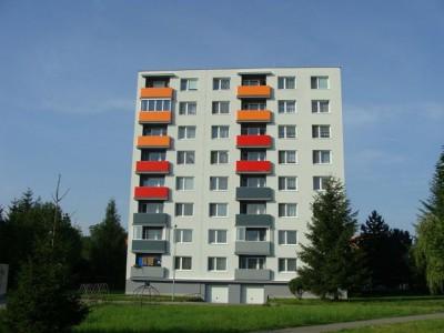 Bytový dom: Lednické Rovne, Súhradka č. 195 (rok 2011)