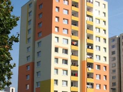 Bytový dom: Púchov, Komenského č. 1625 (rok 2005)