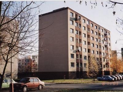 Bytový dom: Púchov, Okružná č. 1420 (rok 2003)